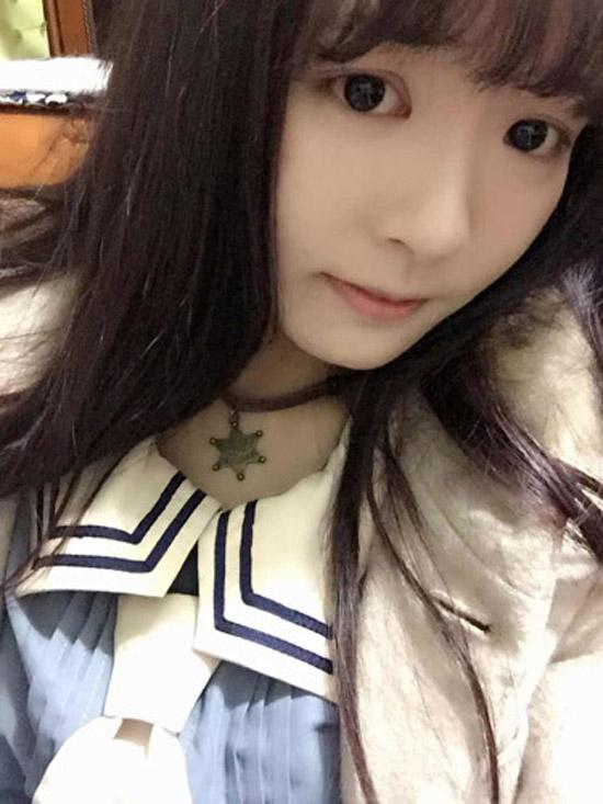 清纯可爱秒杀韩国男校美女老师